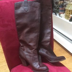 Kors Michel Kors Leather Boots. Great Condition!